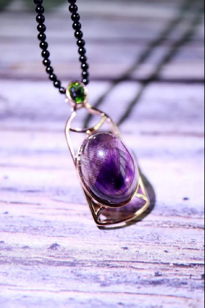 紫发晶为什么叫超级七,紫发晶有什么灵性作用?-菩心晶舍