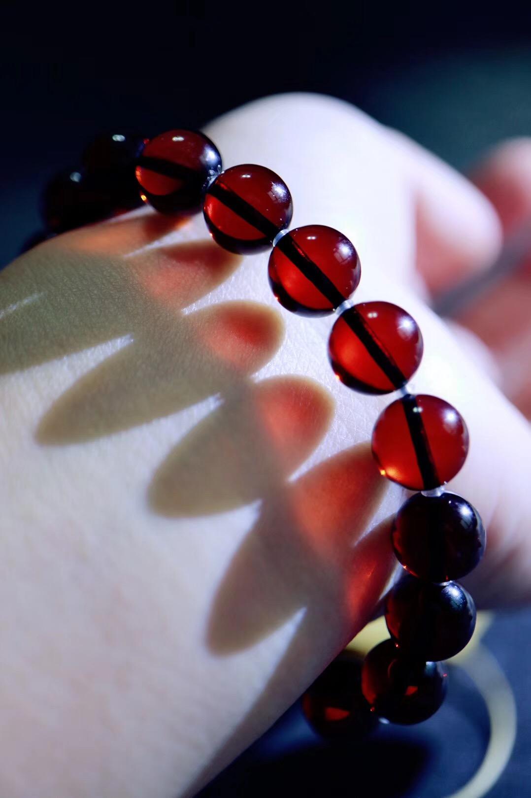 【血珀】对人体血液循环有着极好的疗效-菩心晶舍