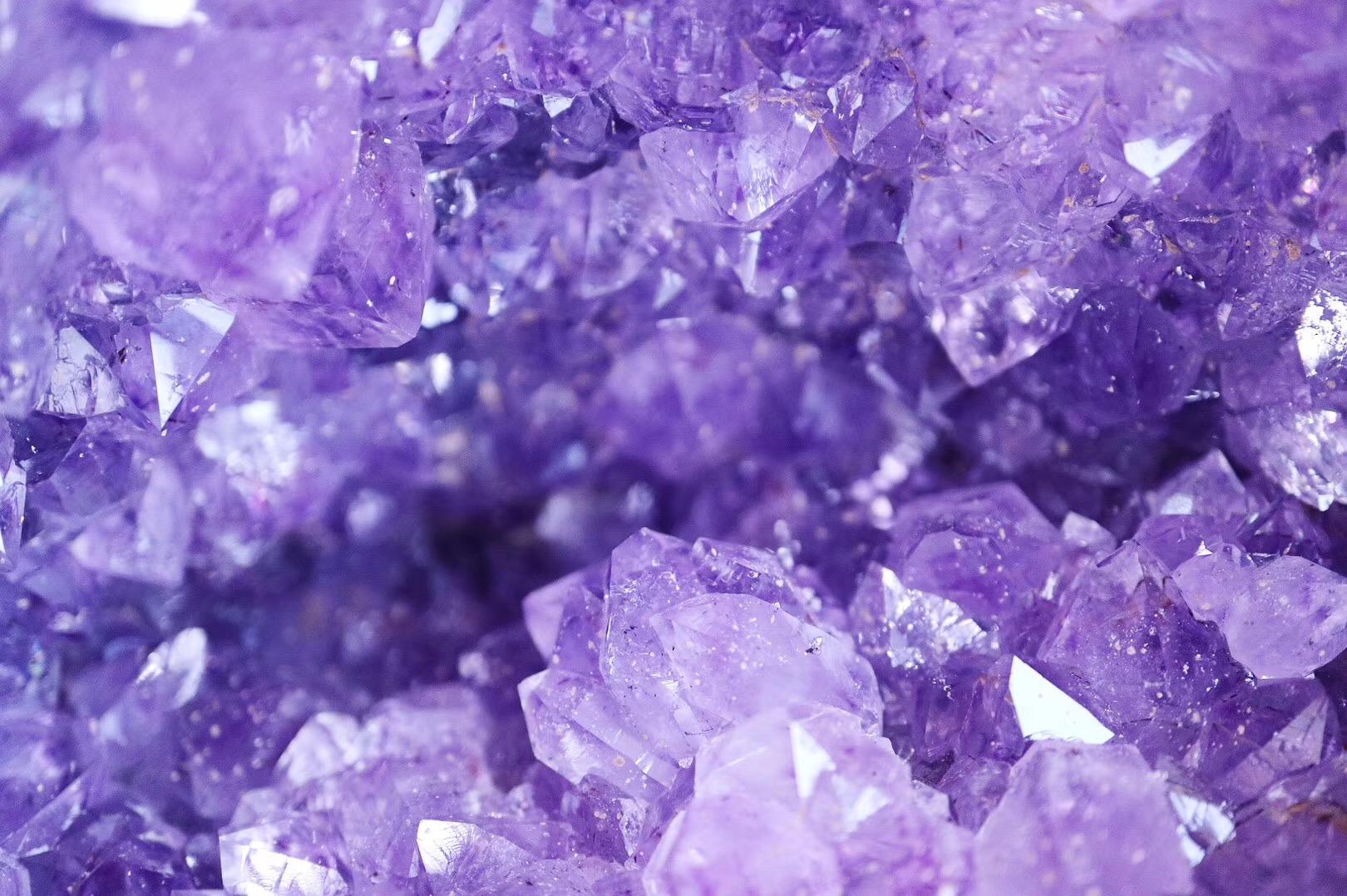 【菩心-紫晶洞客订】无论拳王还是首富,他们都钟爱紫晶洞、紫晶簇助事业-菩心晶舍