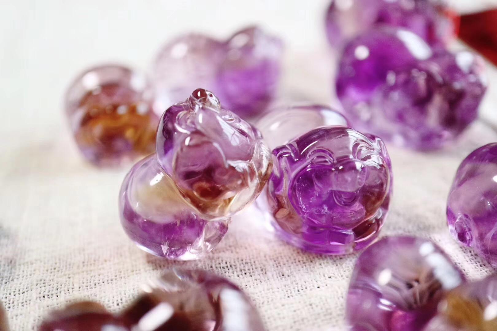 初八开年大吉,奉上一波菩心-吉祥猪(紫黄晶)-菩心晶舍