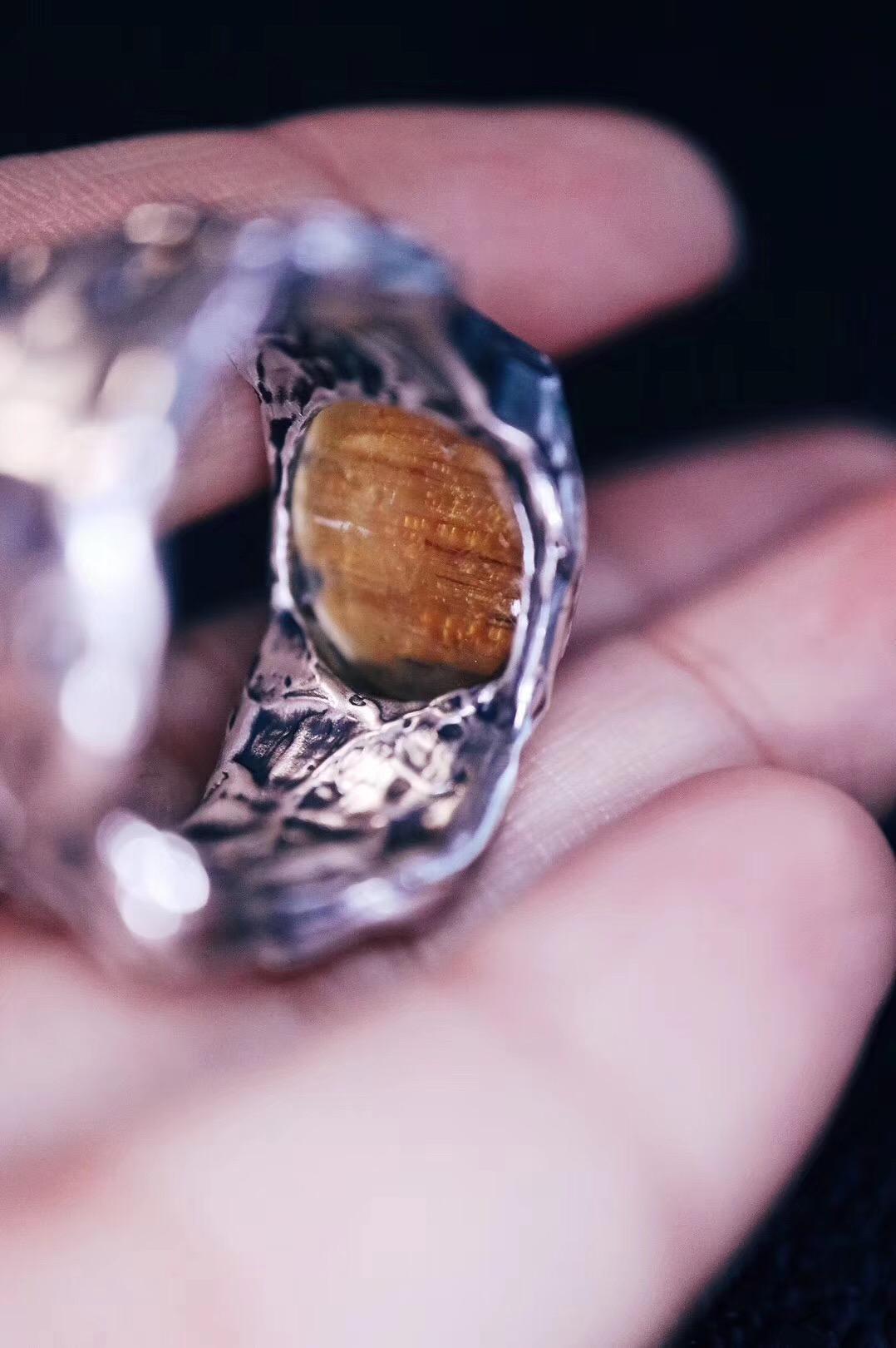 【菩心-收藏款钛晶戒】虽千变万化,而主宰常定,人得此而生-菩心晶舍
