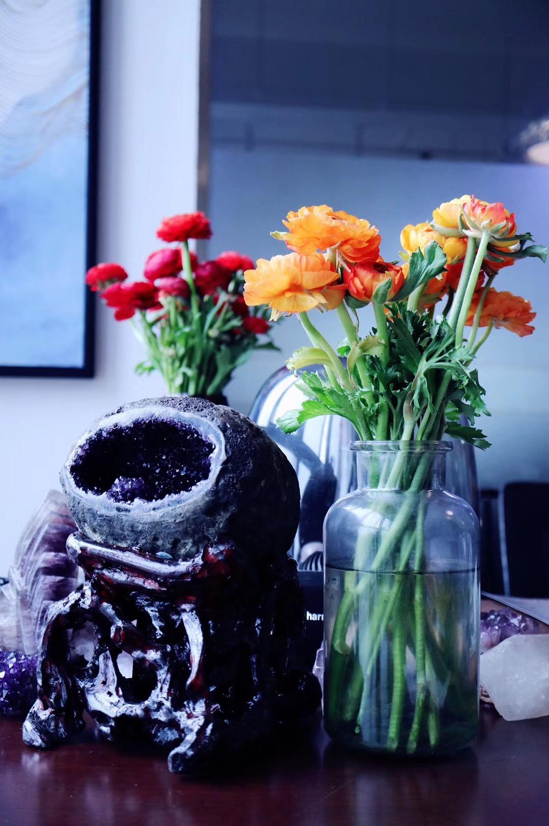 【紫晶洞】自带一朵紫晶花的顶级乌拉圭原矿小晶洞-菩心晶舍