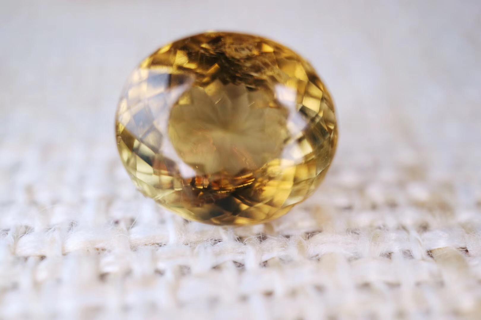 【菩心-黄碧玺裸钻】黄色碧玺是权力和地位的愿望石-菩心晶舍