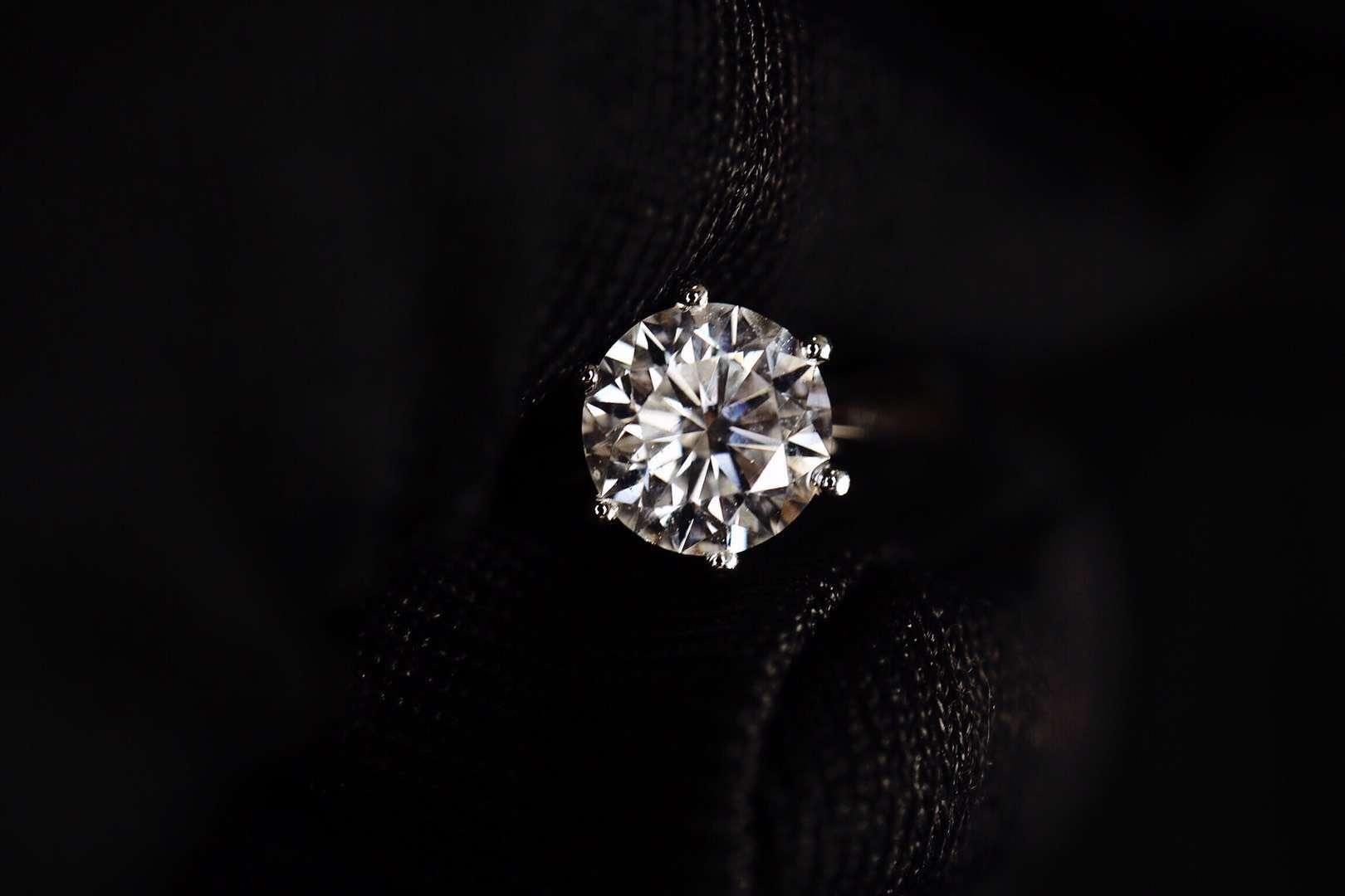 【菩心-钻戒💍】中国好老公,结婚多年,这是在菩心定的第二枚钻戒了-菩心晶舍