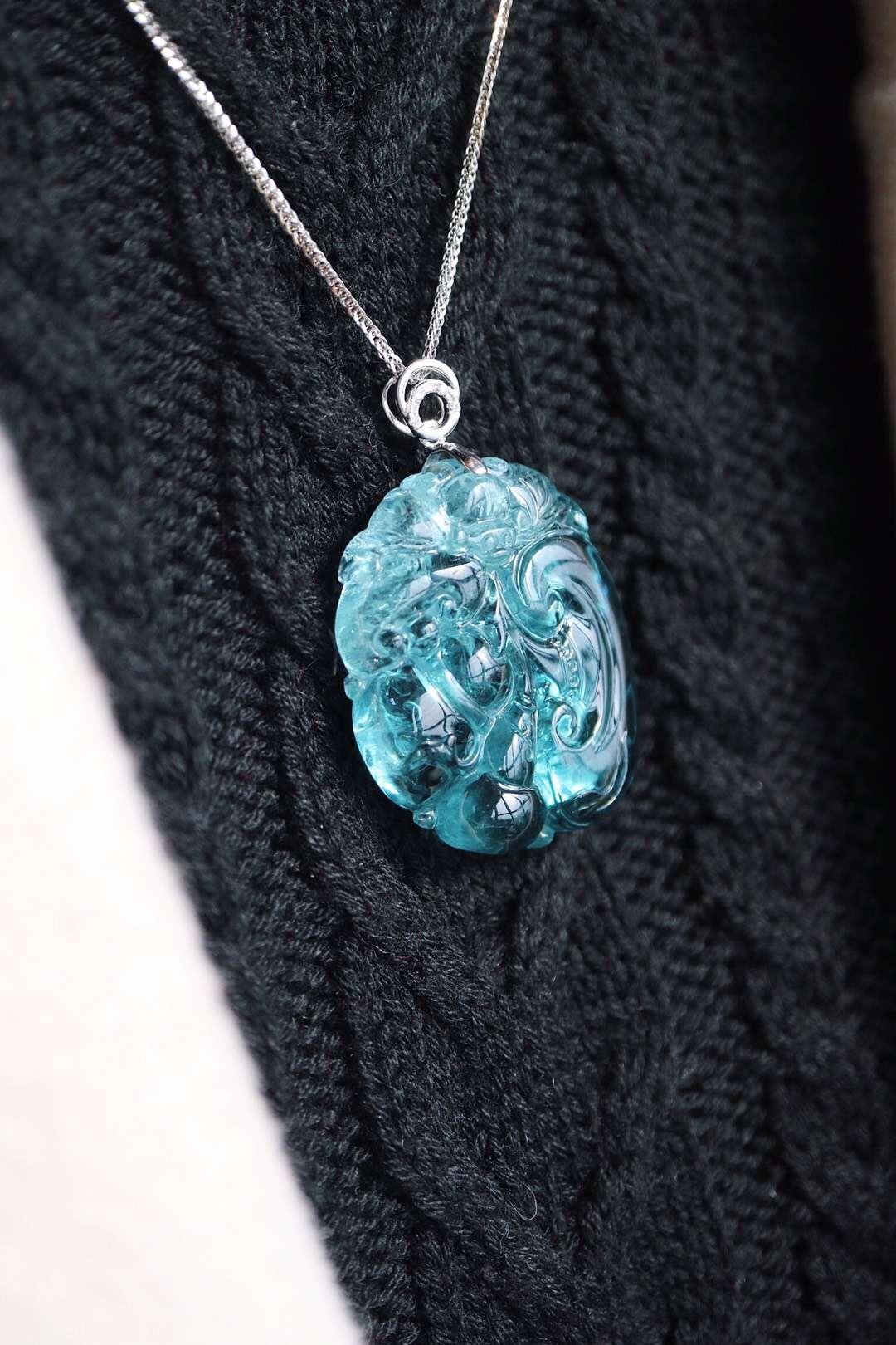 【菩心-蓝碧玺】在碧玺界名声鼎沸的蓝碧玺,雕刻万事如意、福在眼前。-菩心晶舍
