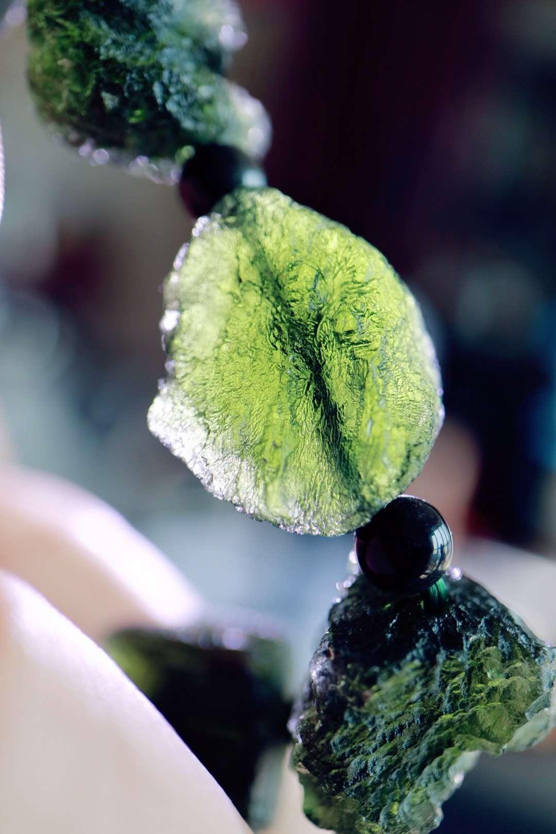 【菩心捷克陨石 | 原石手链】可以快速驱散身体中的负能量-菩心晶舍