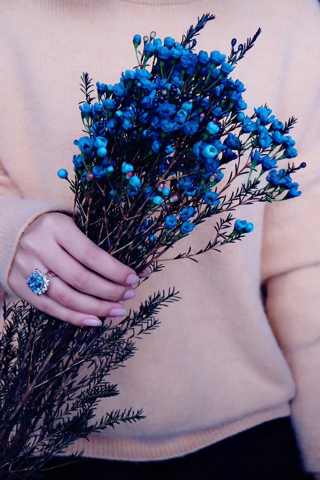 【菩心·托帕石钻戒-捧花💐】你是交织的梦里最皎洁的月  是温柔宇宙 是我闪烁回忆-菩心晶舍