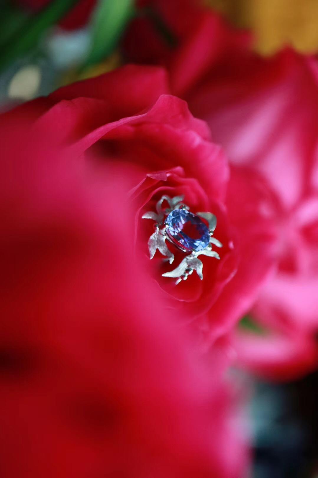 【菩心坦桑石   18k金】菩心家的经典设计,愿她给你带来全新关于美的体验!-菩心晶舍