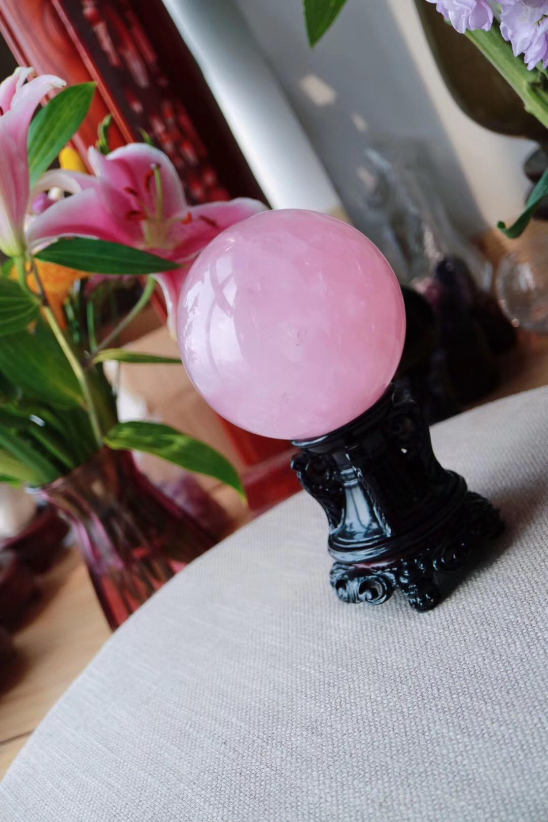 【菩心 | 粉晶球】粉晶是心轮的疗愈基础石-菩心晶舍