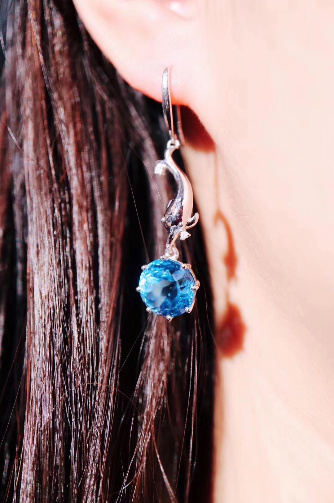 【菩心-托帕石海豚🐬吊坠、耳坠】奉上这一组托帕石海豚爱恋设计-菩心晶舍